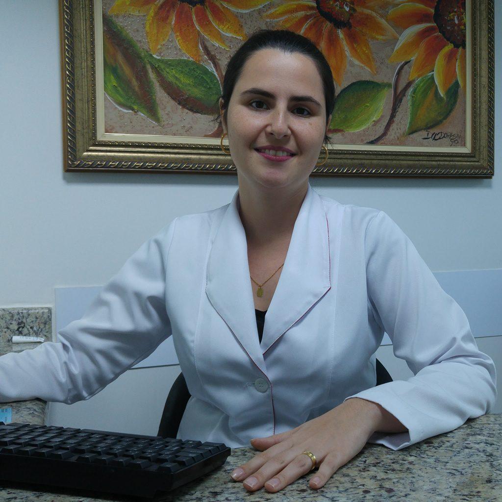 Dra. Cristiane Fagundes Pacheco